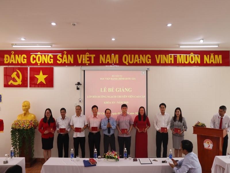 Bế giảng Lớp CVCC khóa XV năm 2019 _ 5