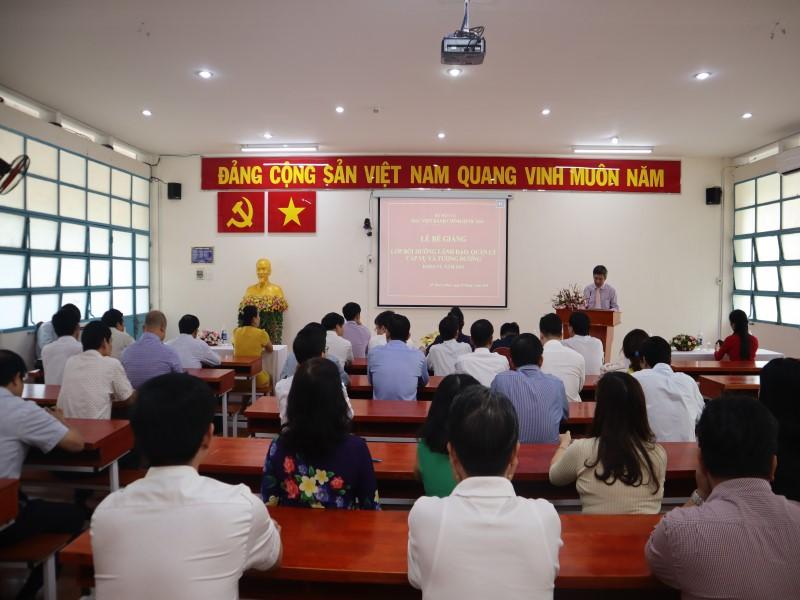 Bế giảng Lớp bồi dưỡng cấp Vụ khóa VI _ 1