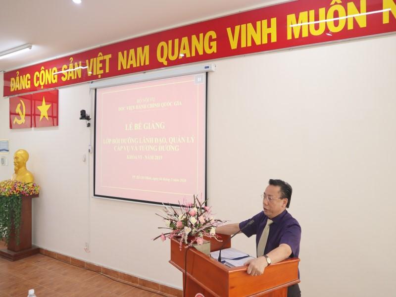 Bế giảng Lớp bồi dưỡng cấp Vụ khóa VI _ 5