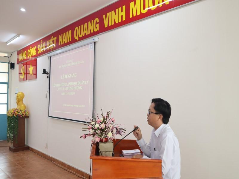 Bế giảng Lớp bồi dưỡng cấp Vụ khóa VI _ 8