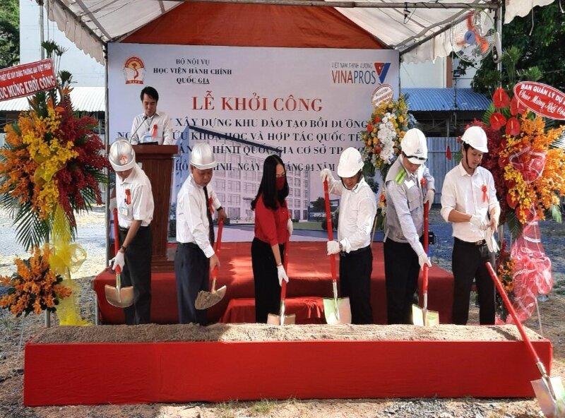 Khoi cong xay dung _ 4