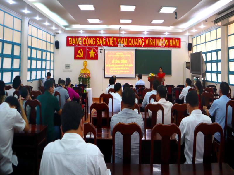 Khai giảng Lớp bồi dưỡng lãnh đạo, quản lý cấp Huyện và tương đương khóa 9 2020 - 1