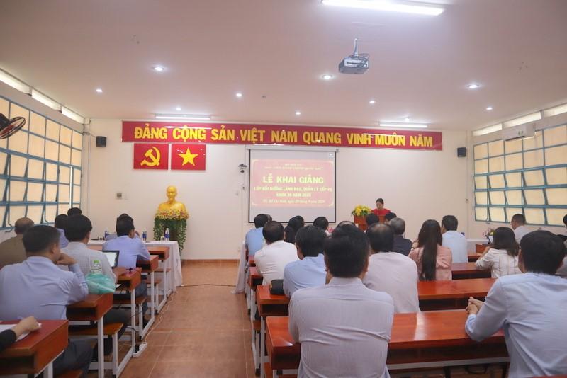 Khai giảng Lớp Bồi dưỡng lãnh đạo, quản lý cấp vụ và tương đương 39 2020 _4