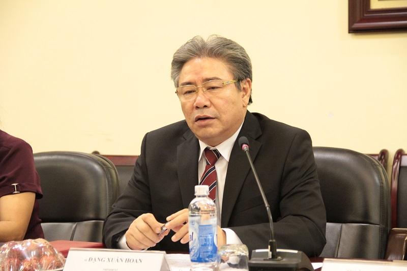 Giám đốc Học viện Đặng Xuân Hoan phát biểu ý kiến tại buổi làm việc