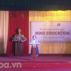 Bà Lee Kuyng Hee phát biểu tại chương trình