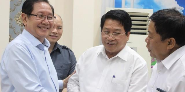 Bộ trưởng Bộ Nội vụ Lê Vĩnh Tân gặp gỡ và chào mừng  ông Khammoune VIPHONGXAY, Thứ trưởng Bộ Nội vụ Lào đến làm việc tại Học viện