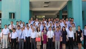 Đại biểu, Lãnh đạo, cán bộ Cơ sở học viện và học viên tham dự lớp học chụp ảnh lưu niệm