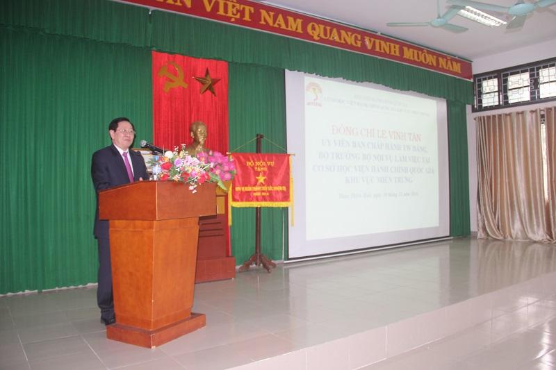 Đồng chí Lê Vĩnh Tân – Ủy viên Trung ương Đảng, Bộ trưởng Bộ Nội vụ phát biểu chỉ đạo tại buổi làm việc