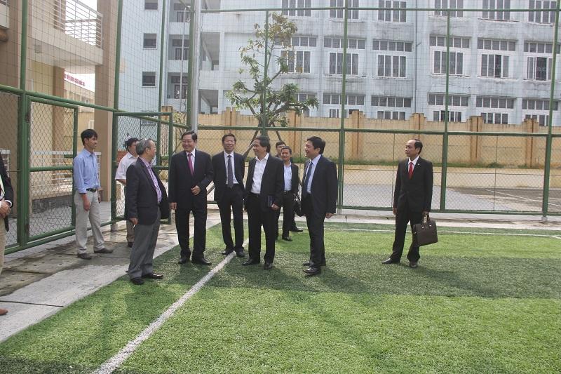Đồng chí Lê Vĩnh Tân – Ủy viên Trung ương Đảng, Bộ trưởng Bộ Nội vụ thăm cơ sở khu giáo dục thể chất của Cơ sở Học viện