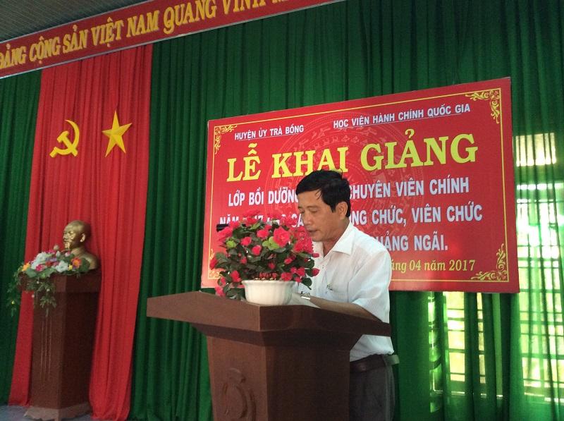 Đồng chí Đinh Xuân Hùng - UVBTV, Trưởng Ban Tổ chức Huyện ủy huyện Trà Bồng, tỉnh Quảng Ngãi phát biểu