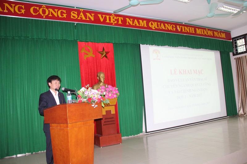 TS. Nguyễn Minh Sản – Phó trưởng Khoa Sau Đại học phát biểu tại Lễ khai mạc bảo vệ luận văn
