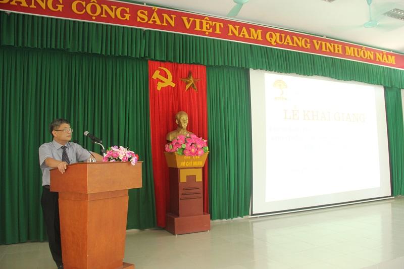 PGS.TS. Lưu Kiếm Thanh - Phó Giám đốc Học viện Hành chính Quốc gia phát biểu khai giảng khóa học.