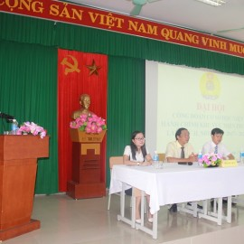 Đồng chí Huỳnh Minh Trí – Đại diện Tổ công đoàn Đào tạo phát biểu thảo luận tại Đại hội
