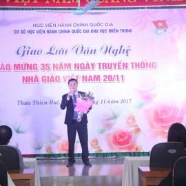 Tiết mục văn nghệ đến từ Trường Chính trị Nguyễn Chí Thanh