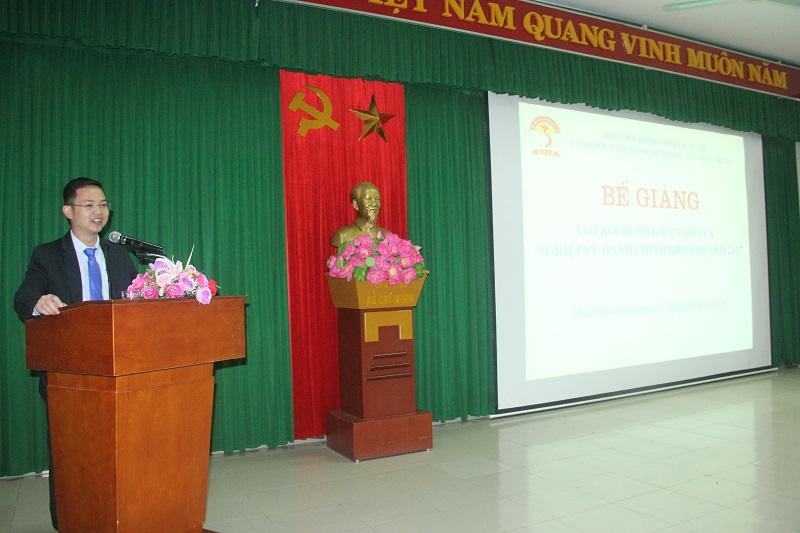 ThS.Lê Văn Mão – Phó Trưởng Bộ môn Lý luận cơ sở và Quản lý nhà nước Cơ sở Học viện phát biểu tại Lễ bế giảng