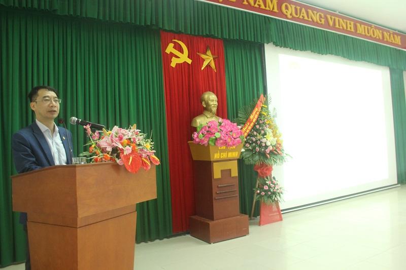 PGS.TS. Lương Thanh Cường – Phó Giám đốc Học viện Hành chính Quốc gia, Phụ trách Phân viện Học viện Hành chính Quốc gia tại thành phố Huế phát biểu chỉ đạo tại buổi lễ