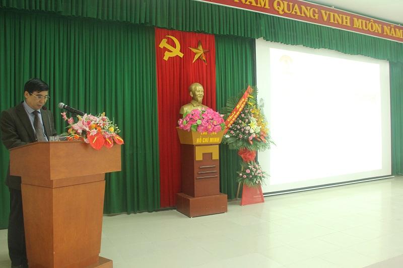 TS.Ngô Văn Trân – Phụ trách, điều hành Phân viện Học viện Hành chính Quốc gia tại thành phố Huế phát biểu tiếp thu ý kiến