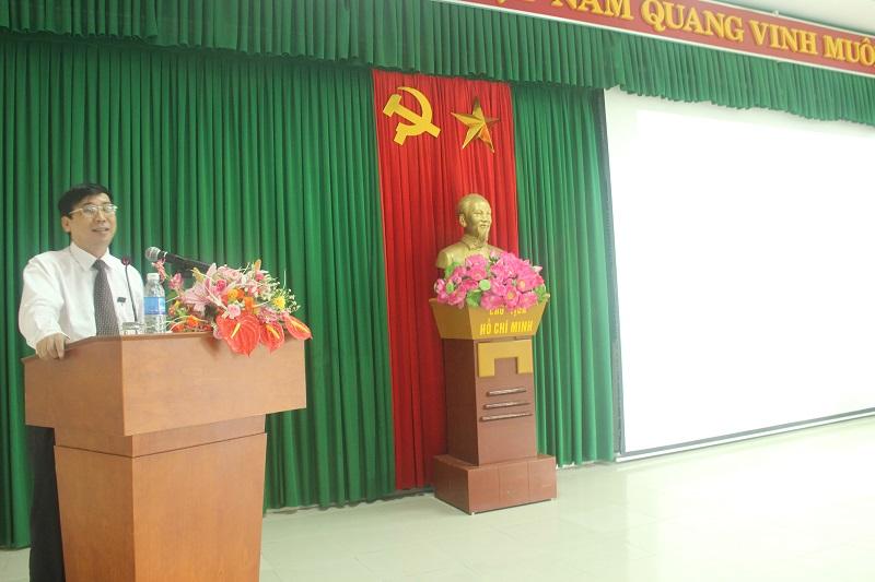 TS. Ngô Văn Trân – Phó Chánh Văn phòng Học viện Hành chính Quốc gia, Thường trực Phân viện Huế phát biểu tại buổi lễ