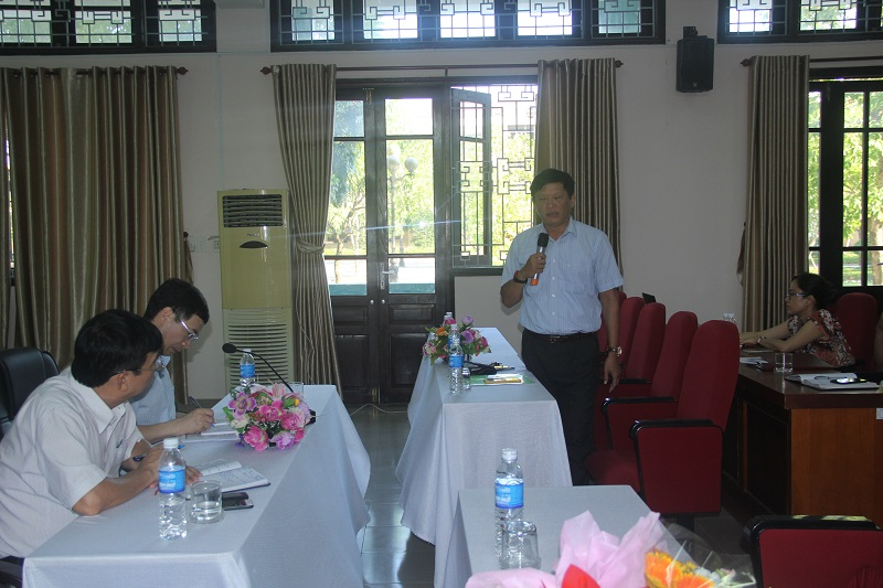 PGS.TS. Thái Thanh Hà – Giảng viên Cao cấp Phân viện Huế phát biểu ý kiến tại Hội nghị