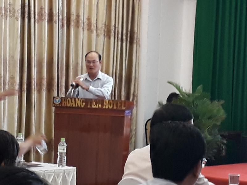 Đồng chí Ngô Văn Hương, Phó Giám đốc Sở Nội vụ tỉnh Bình Định công bố Quyết định mở lớp