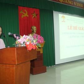 ThS. Phan Thị Ngọc Anh, Bộ môn Quản lý nhà nước về ngành và lĩnh vực Phân viện Huế công bố các quyết định cấp chứng chỉ