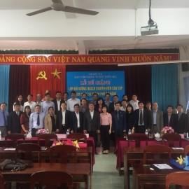Lãnh đạo Học viện, đại biểu và các học viên chụp ảnh lưu niệm
