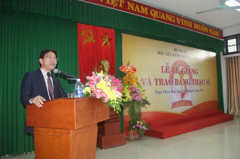 Đồng chí Cái Vĩnh Tuấn, Ủy viên Thường vụ Tỉnh ủy, Phó Chủ tịch Thường trực Hội đồng Nhân dân tỉnh Thừa Thiên Huế phát biểu tại buổi lễ