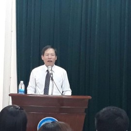 Đồng chí Nguyễn Văn Chiến, Phó Giám đốc Sở Nội vụ thành phố Đà Nẵng phát biểu tại lễ Khai giảng