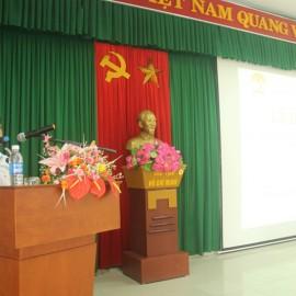 ThS. Lê Văn Lộc, Phó trưởng phòng Quản lý Đào tạo, bồi dưỡng, Phó ban thư ký công bố các Quyết định thành lập các Ban của Hội đồng tuyển sinh và các quyết định khác có liên quan