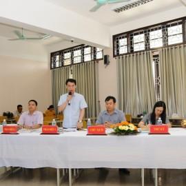 Các thành viên Hội đồng đánh giá luận văn cho học viên