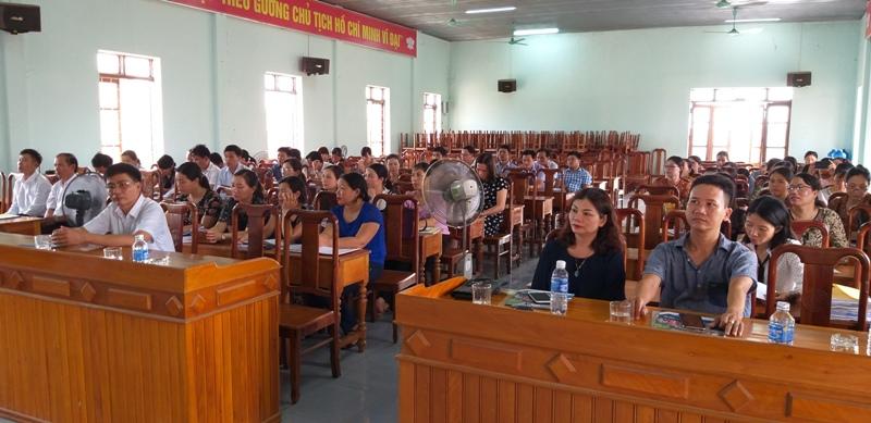 Đại biểu, các học viên tham dự Lễ khai giảng