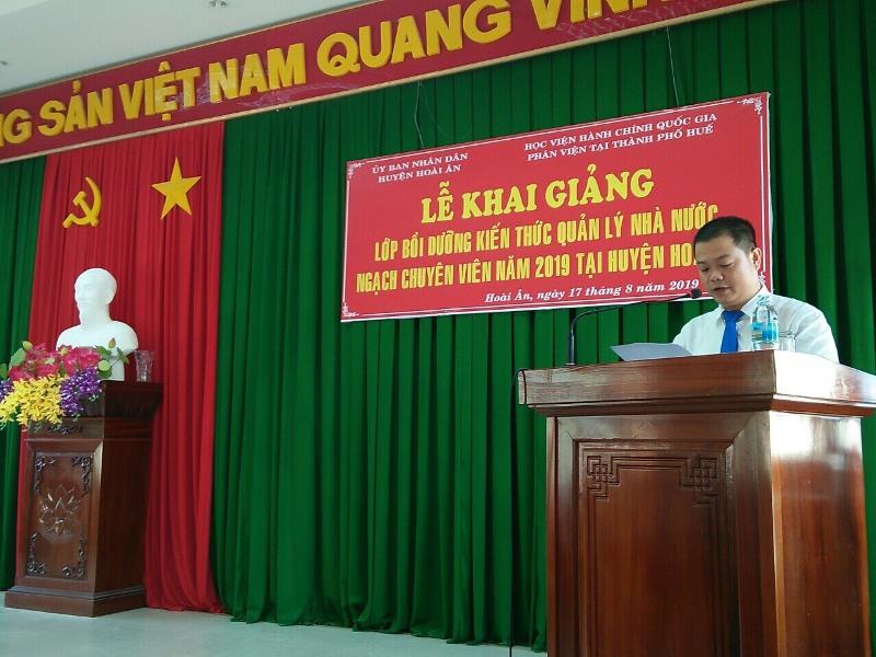 ThS. Nguyễn Đình Quý, Giảng viên Bộ môn Pháp luật Hành chính và Tổ chức công bố các Quyết định mở lớp