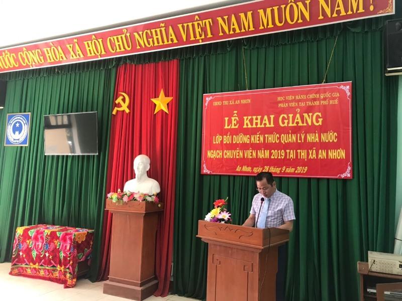 TS.Trần Hải Định, Phòng Quản lý đào tạo, bồi dưỡng Phân viện Huế công bố các Quyết định mở lớp