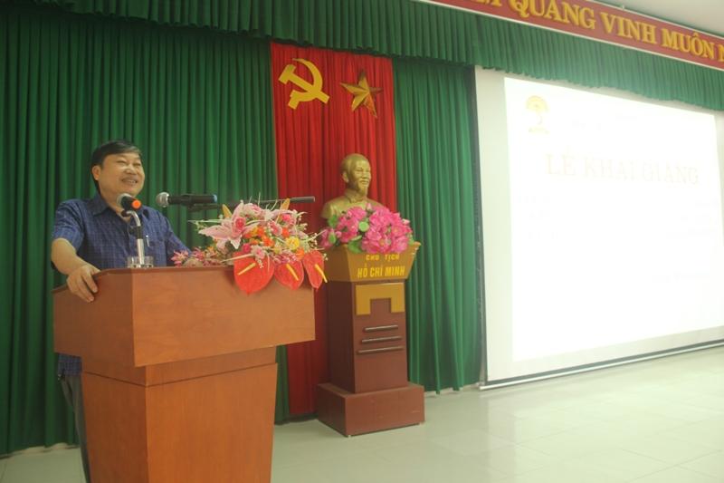 Đồng chí Nguyễn Thái Sơn, Ủy viên Ban Thường vụ Tỉnh ủy, Trưởng ban Ban Tuyên giáo Tỉnh ủy tỉnh Thừa Thiên Huế phát biểu