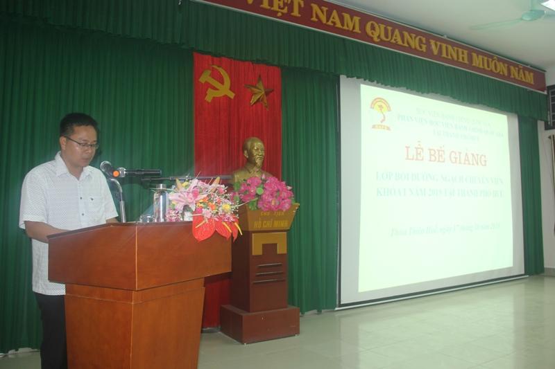 Đại diện lớp học viên Lê Viết Hà phát biểu