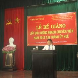 Đại diện lớp học viên Phan Vĩnh Duy Mãn phát biểu
