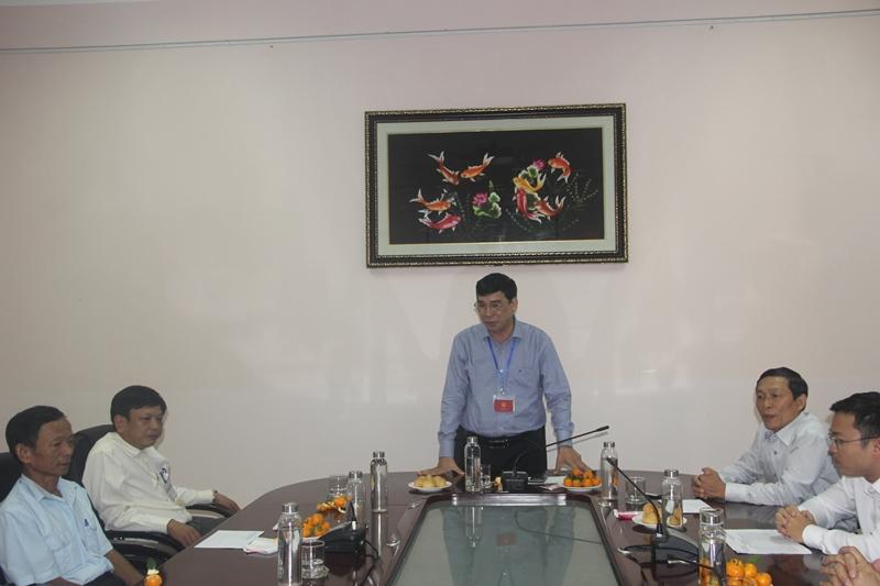 TS. Ngô Văn Trân, Phó Giám đốc Thường trực Phân viện Huế phát biểu tại buổi gặp mặt