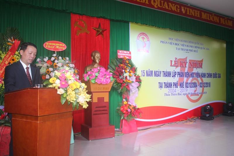 Đồng chí Phan Thiên Định, Tỉnh ủy viên, Phó Chủ tịch UBND tỉnh Thừa Thiên Huế phát biểu tại buổi lễ kỷ niệm