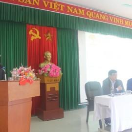NGƯT.TS.Vũ Thanh Xuân, Phó Bí thư Đảng ủy, Phó Giám đốc Học viện Hành chính Quốc gia phát biểu tại Hội nghị