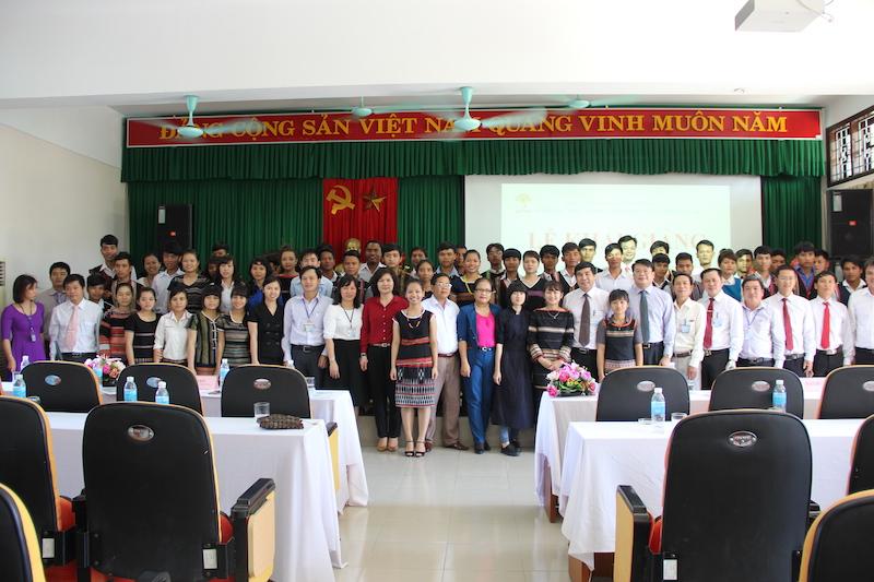 Khai giảng lớp Đại học Hành chính hệ Chính quy Cử tuyển KCT3 mở tại Phân viện Huế niên khóa 2015-2019 (ngày 16/11/2015)
