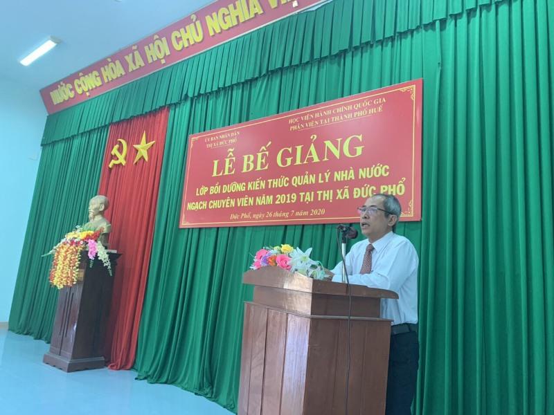 Đồng chí Nguyễn Văn Công, Ủy viên Ban Thường vụ Thị ủy, Trưởng cơ quan Tổ chức – Nội vụ phát biểu