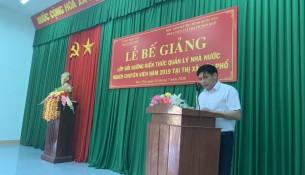 PGS.TS. Nguyễn Hoàng Hiển, Phó Giám đốc Phân viện Học viện Hành chính Quốc gia tại thành phố Huế phát biểu bế giảng khóa học