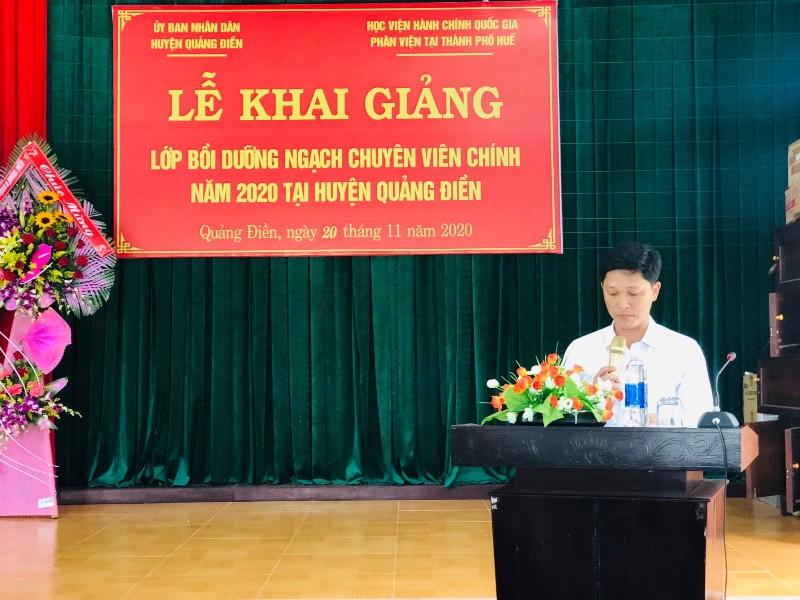 Đồng chí Nguyễn Tuấn Anh, Huyện ủy viên, Phó Chủ tịch UBND huyện Quảng Điền phát biểu