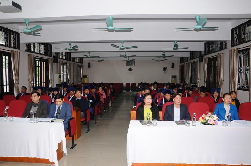 Toàn cảnh buổi Lễ bế giảng và trao bằng tốt nghiệp cho lớp KH15-TC111
