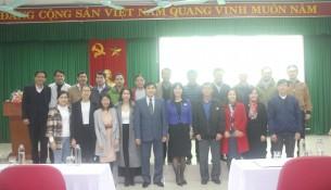 Lãnh đạo Học viện, Lãnh đạo Phân viện, đại biểu, giảng viên cùng các học viên chụp ảnh lưu niệm