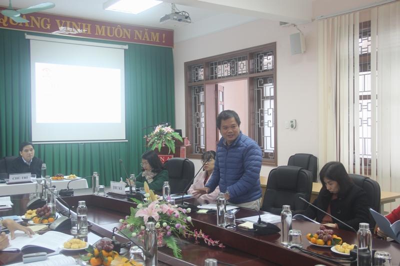 ThS. Nguyễn Đình Quý – Phòng Ngoại ngữ - Tin học và Thông tin – Thư viện phát biểu tại buổi Tọa đàm