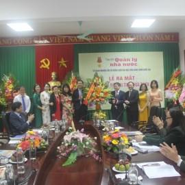 Công đoàn Học viện Hành chính Quốc gia tặng hoa chúc mừng Tạp chí