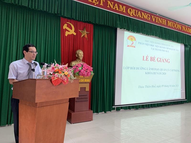 Học viên Tô Minh Hiền – Đại diện cho các học viên phát biển tri ân tại Lễ Bế giảng