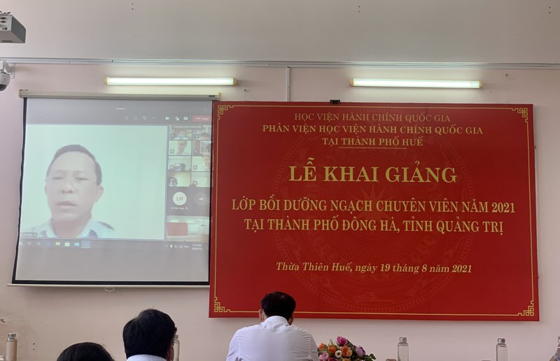 Đ/c Võ Văn Thái – Đại diện cho các học viên phát biểu tại Lễ Khai giảng