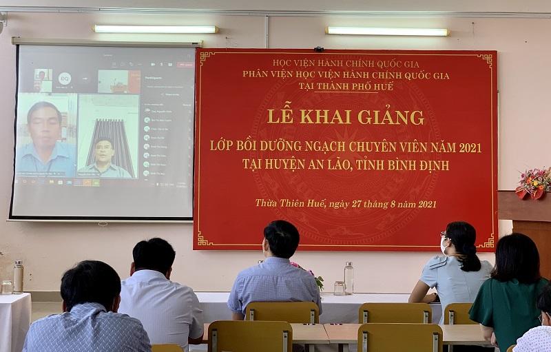 Đ/c Nguyễn Hữu Tiền – Đại diện cho các học viên phát biểu tại Lễ khai giảng